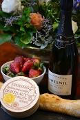 Le Mesnil Blanc de Blanc Grand Cru champagne, Epoisses cheese, French baguette, fresh strawberries